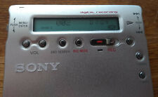 Sony MZ-R900 MDLP MiniDisc Walkman Player Recorder and Accessories