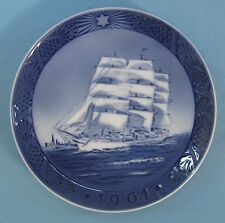 Royal Copenhagen Art 1961 Christmas Plate Training Sail Ship Skoleskibet Danmark