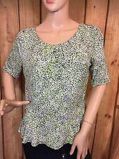 Liz Claiborne Knit Top M Green Multi Color Animal Print Short Sleeve Women's Top