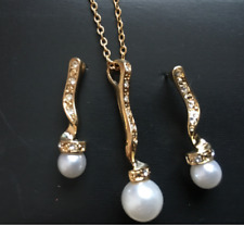 AVON Faux Pearl Drop Gift Set 22ct Gold Plated- NEW & BOXED