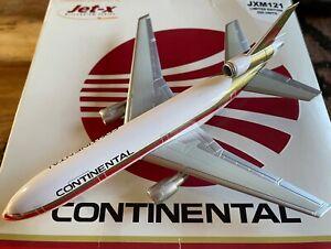 1:400 Jet-x Continental Airlines McDonnell Douglas DC-10-30 N19072