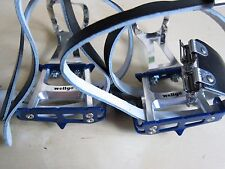 Wellgo Track Road Pedals (Blue) + Double Toe Clips - Pédales + double cale pieds