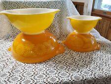 Set 4 PYREX Yellow/Orange Sunflower/Daisy Cinderella Nesting Mixing Bowls 444 +