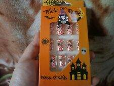 CLOSEOUT SALE! Imported From USA! Trick or Treat Press-on Nails A #3