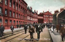 Huntley and Palmers Men Leaving Work - READING - Original Unused Postcard (1.96)