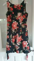 RED HERRING sz 12 BLACK RED RETRO 50s STYLE FLORAL TEA PARTY DRESS FIT & FLARE