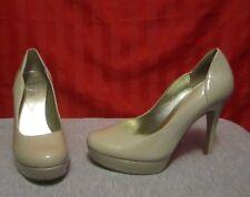 Women's Guess Platform Stiletto Heels Beige Patent Round Toe Size 7M Excellent