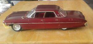 1961 Oldsmobile Super 88 4DR Hard Top Jo-Han Dealer Promo Model Car 1:25 Scale