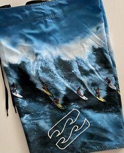 Billibong BoardShorts/Surf, Men's Sz. 38. NWOT. Surf Graphics, H/L Pkt and Fly.