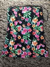 """New Look Ladies Womens Flower Pattern Skirt 17"""" Long (Black) - VGC"""