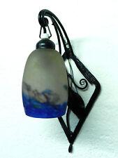 DEGUE Art Deco Schmiedeeisen Glas Lampe ° signierte Pate de Verre Wandlampe