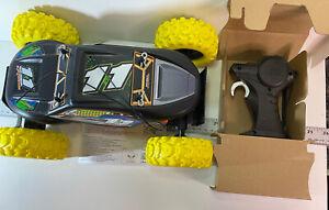 Maisto R/C Rock Crawler Extreme Radio Control Vehicle Black w/ Yellow Tires NEW