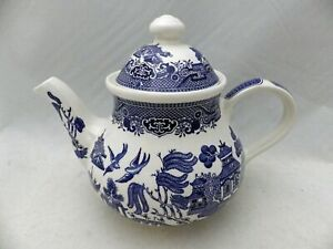Churchill of England - Blue Willow - Teapot with Lid - NEW