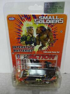 CRUZ PEDREGON 1998 SMALL SOLDIERS 1/64 ACTION DIECAST PONTIAC FUNNY CAR 1/15,500