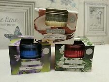 Wickford & Co Lot de 3 bougies parfums printemps Jar Cadeau. parfum 25hr GRAVURE TEMPS