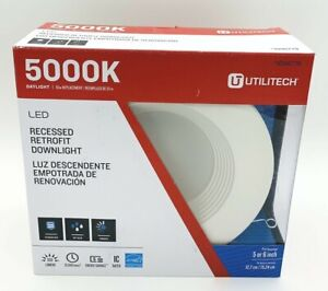 "1 Utilitech 5000K Daylight 5""-6"" LED RECESSED RETROFIT DOWN LIGHT White 1098779"