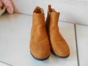 Ladies Mustard Flat Pull on  Suede Ankle Boots * Size 4 * Pep & Co * VGC