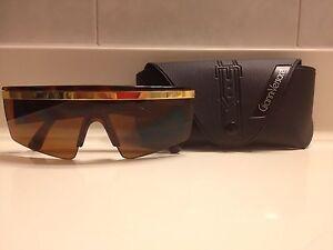 Y76 Vintage Gianni Versace Unisex Men's Womens Brown Lady Gaga Sunglasses & Case