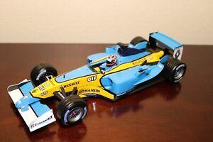 Hot Wheels 1/18 F1 Renault R23 2003 Fernando Alonso #8