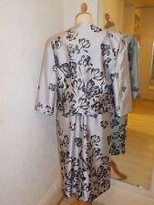 Gina Bacconi Grey floral  Dress and Jacket SE50034 Size 20
