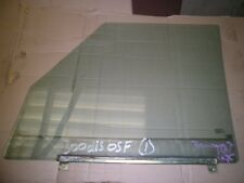 LANDROVER DISCOVERY 300 tdi DRIVERS FRONT DOOR WINDOW GLASS RIGHT HAND GLASS (1)