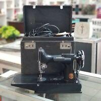 SINGER FEATHERWEIGHT 221-1 SEWING MACHINE + CASE + EXTRAS WORKING vintage NICE