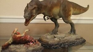 Sideshow Dinosauria T-Rex Tyrant King Tyrannosaurus Exclusive Statue
