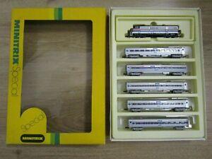 Spur N Minitrix Amtrak 702 USA Personenzug Special Edition Top !!