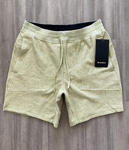"Lululemon Mens Shorts At Ease Short 7"" Large"