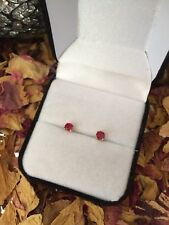 Gorgeous natural Blood Red Ruby 4mm 14K yellow gold claw stud earrings 🌹