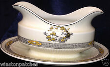 RIDGWAY RIDGWAYS ENGLAND THE MEAFORD GRAVY BOAT & ATTACHED UNDER PLATE LILY PADS