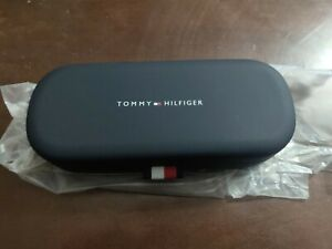 Tommy Hilfiger Eye Glasses Hard Case Ribbon Tab And Cleaning Cloth