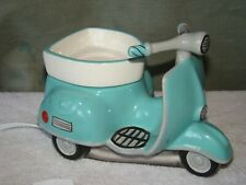 SCENTSY WARMER SCOOTER AROUND TOWN MOPED RETIRED ELECTRIC WAX MELT ROOM INCENSE