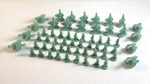 GREEN MEN Risk Global Domination Game Repl. Parts Lot Hasbro 1998 W Plastic Case