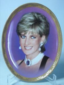 Davenport SHE BRIGHTENED OUR LIVES Memories of Diana Plate COA