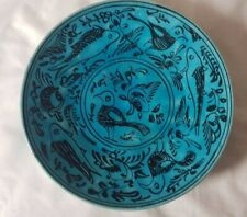 STRIKING PERSIAN BIRD DESIGN TURQUOISE CERAMIC PLATE, POSSIBLY MID 20TH CENTURY