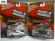 Johnny Lightning 1972 Oldsmobile 442 Set of 2 Project In Progress R2 A&B - 17G