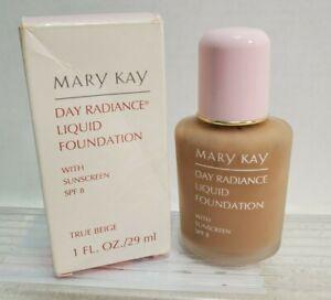 Mary Kay Day Radiance Liquid Foundation True Beige #6328  Box 1 fl. oz. II5