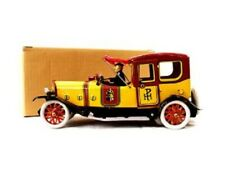 Royal Yellow Salon Car