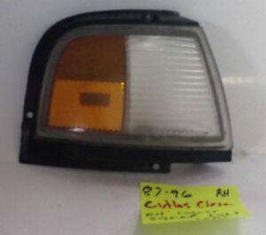 87 88 89 90 91 92 93 94 95 96 Oldsmobile Cutlass Ciera corner light signal RH