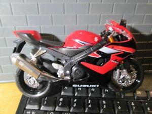 SUZUKI R GSX 1000 Red&Black MOTORCYCLE DIE CAST NEWRAY DIE-CAST 1:12 SCALE -RARE