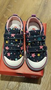 """New Fall 2020 See Kai Run """"Robyne"""" navy stars canvas sneakers, toddler 6,NWT"""