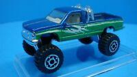 Chevrolet Silverado 4x4 Monster Truck Matchbox 1:64 w/ show box
