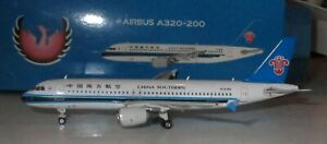 Phoenix 1:400  China Southern Airlines  A320-200   #B-6785   -  11112