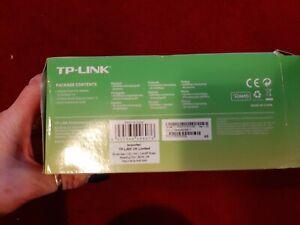 TP-Link TL-PA4010P KIT AV600 Passthrough Powerline Starter Kit TL-PA4010P KIT