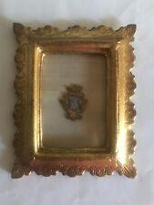 Antico Stemma Nobiliare Ricamato Con Filo-Oro In Cornice Legno Dorato Miniatura