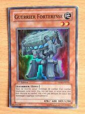 Carte Yu-Gi-Oh! DP08-FR010 Guerrier Forteresse (Super Rare) 1ere Edition