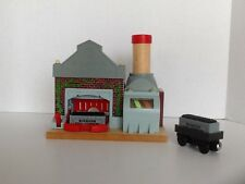 Sodor Power Station Thomas & Friends Wooden Railway 2 Staircases Flags Workman