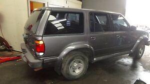Ford Explorer  XL (4x4) Manual Door Window Regulator RR 1997 Drivers Side Rear