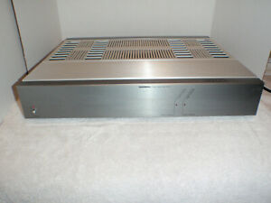 Tandberg 3003 Amplifier 150 Watts X 2 RARE